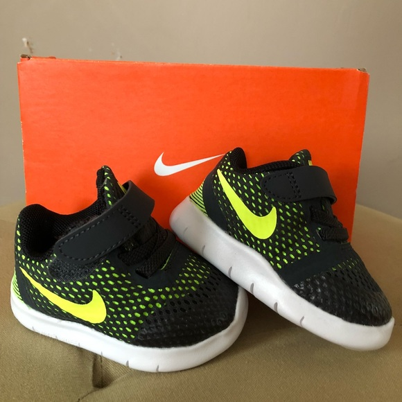 BRAND New Baby Boy Nike Sneakers 7edc2ddb2